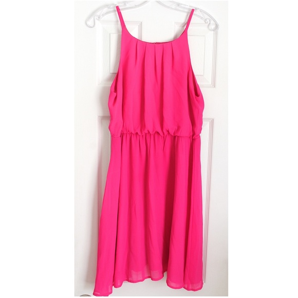 Ya Los Angeles Dresses & Skirts - ❤️2 for $35❤️ Ya Los Angeles Bright Pink Dress